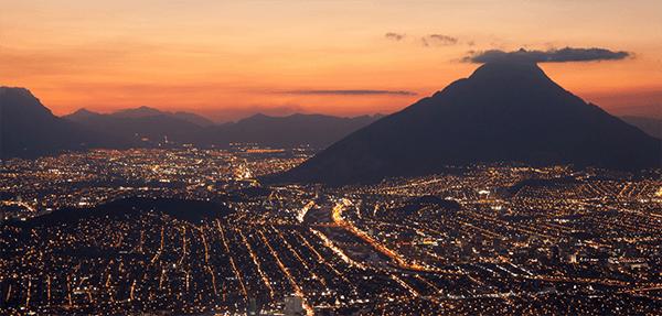 Tar Monterrey, capital del estado de Nuevo León